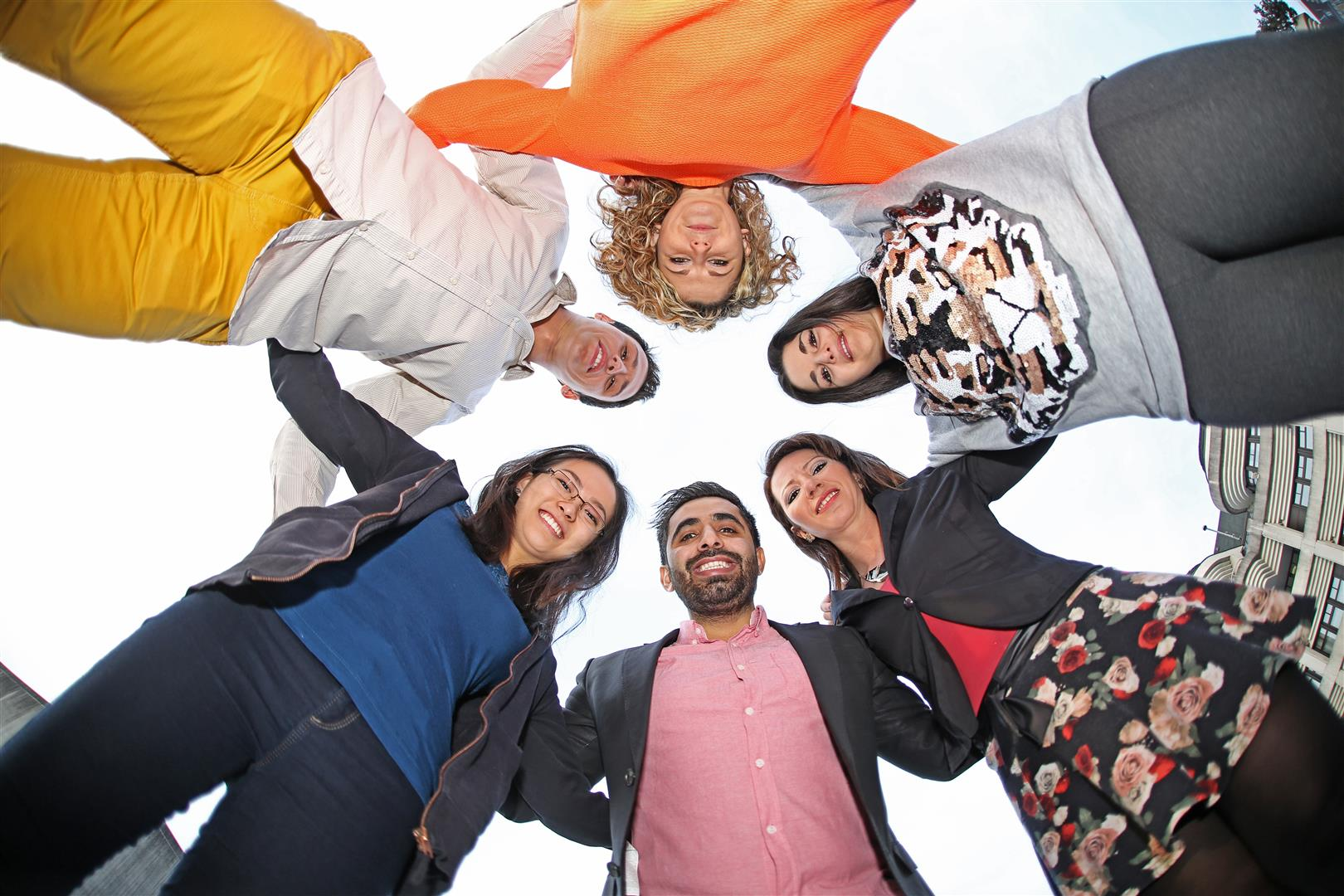 Zugewanderte Auslanderinnen Integrationsburo Service